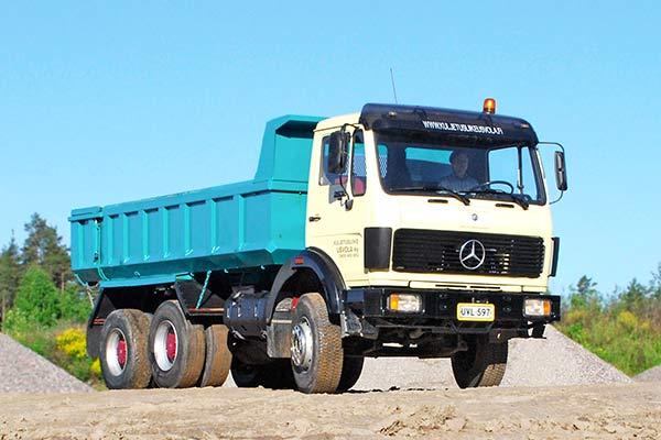 Mercedes-Benz 2628 - perusasioiden äärellä