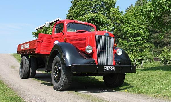 white-kuorma-auto-1949
