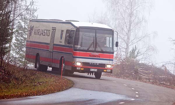 Kirjastoauto sisu kiitokori 85 lukutoukka vanhat koneet for Linja 40 mobilia