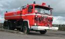 Scania LBS 86 -säiliöpaloauto '81 - Veden äärellä