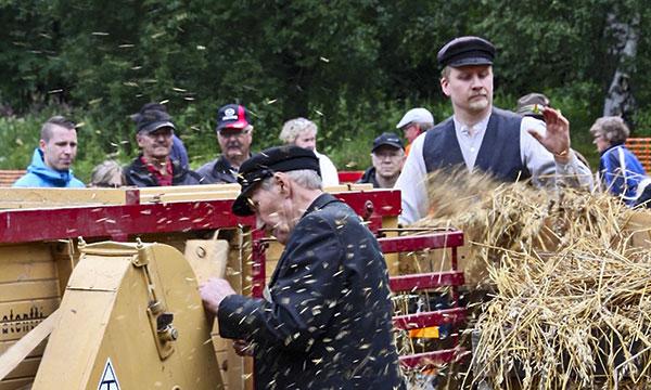 Puhoksen perinneperhe – Markku, Ritva ja Kalle Hurskainen