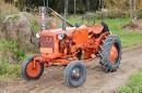 Kolmen talon traktori – Allis-Chalmers D270 1957